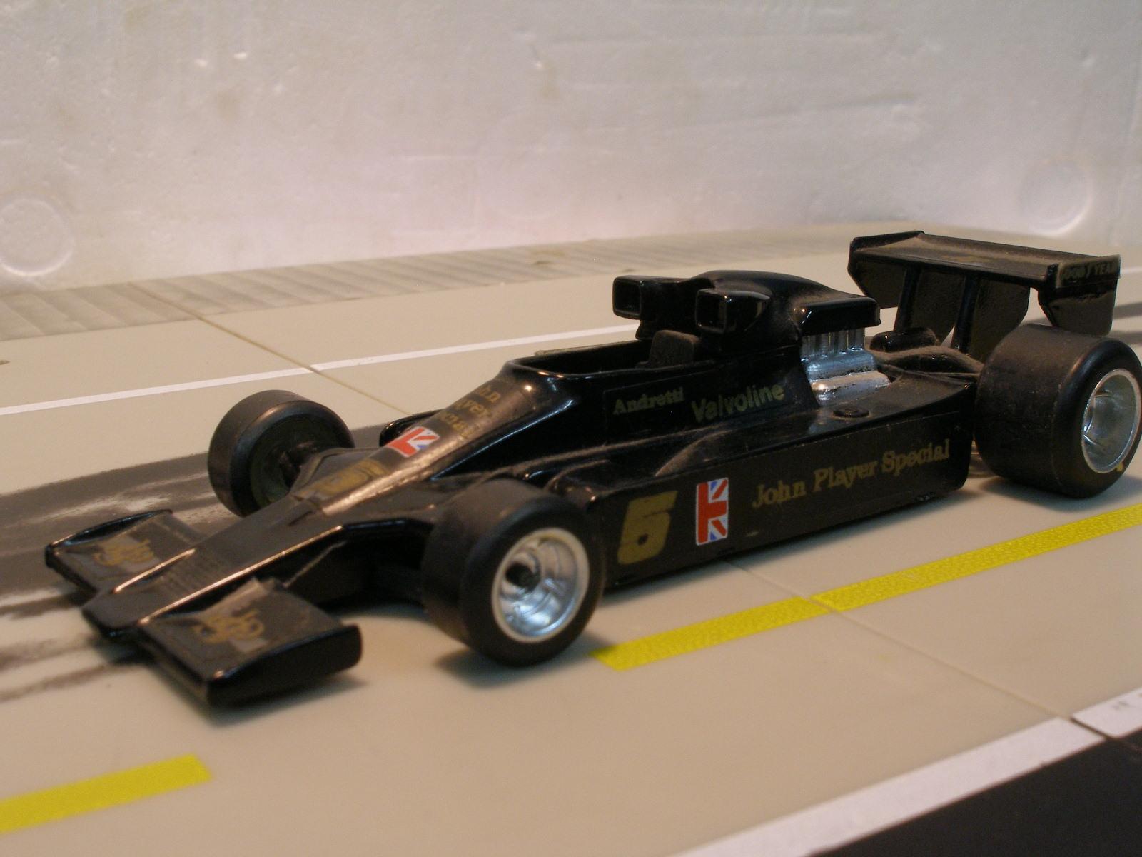 CE104, Lotus F1 JPS N°5 1978 Andretti (cc-by-nc-sa 2.0 Stefho74)