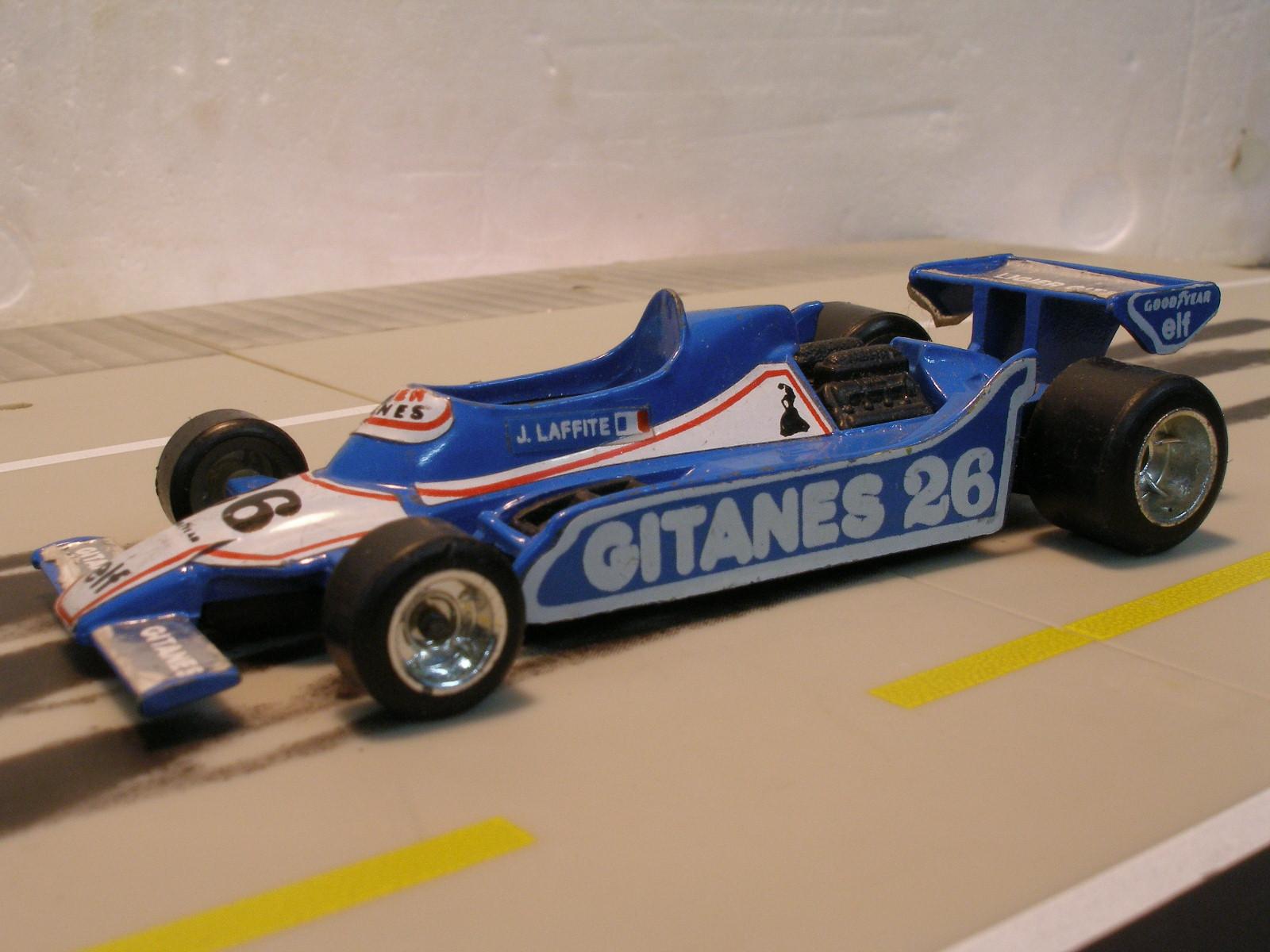 CE118 Ligier F1 JS 11 N°26 Gitanes (cc-by-nc-sa 2.0 Stefho74)