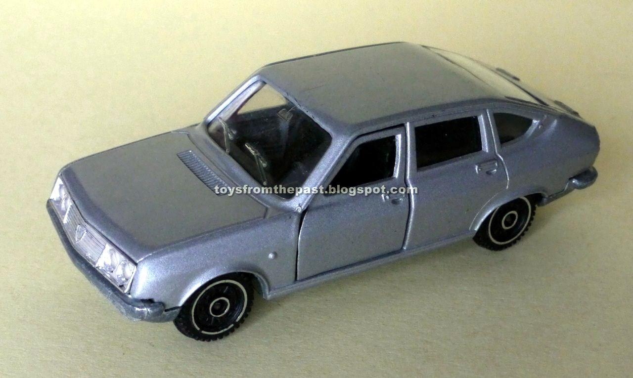 E14 Alfa Romeo Giulia Pronto intervento (cc-by-nc-nd 3.0 toysfromthepast)