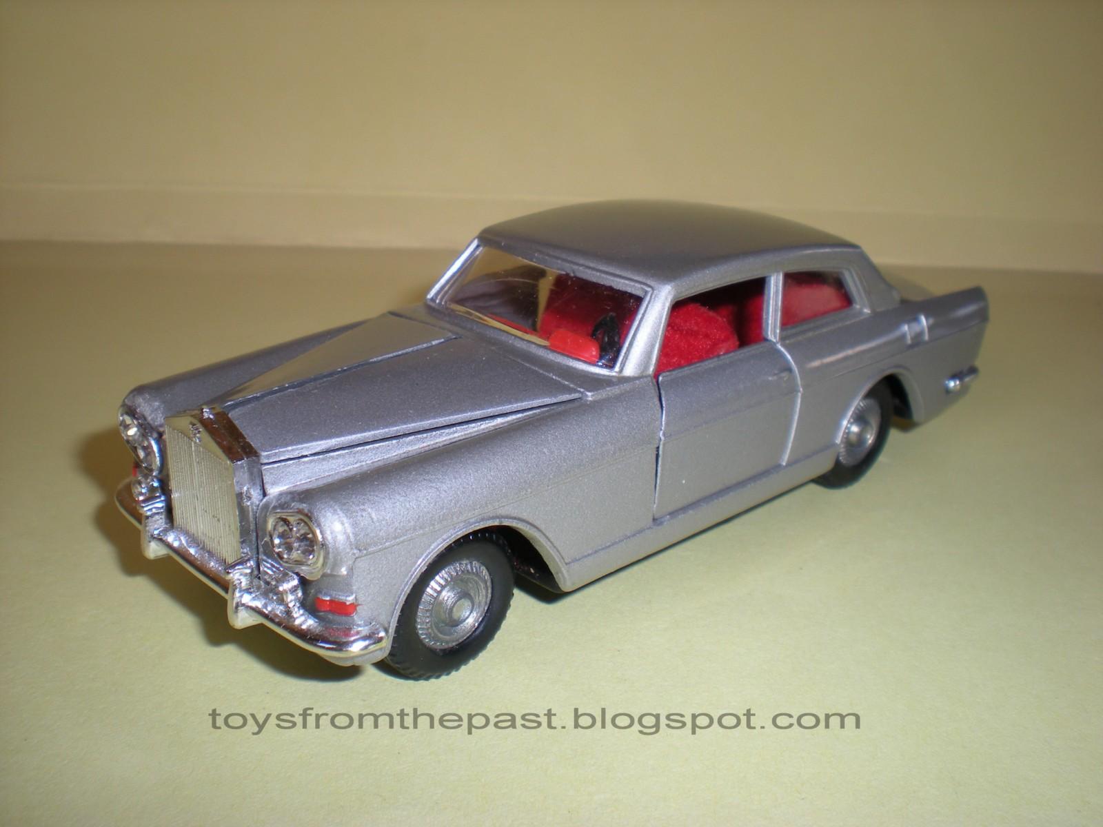 "M518 Rolls Royce Silver Cloud ""Slant Eye"" (cc-by-nc-nd 3.0 toysfromthepast)"